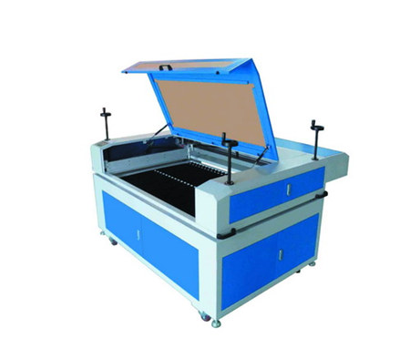 激光雕刻切割机1390